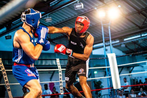 compétition de boxe anglaise hexagone combat tenues personnalisées de boxe anglaise Hexagone Combat tenues de combat personnalisées