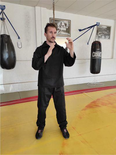 ensemble pantalon vareuse de self defense personnalise hexagone combat